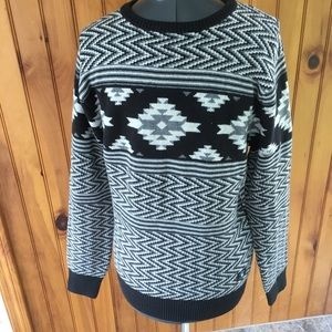 DC shoe co men small black gray Aztec sweater NEW